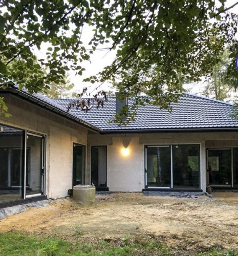 Zakup okien i drzwi to bardzo ważna decyzja w czasie budowy lub remontu domu.